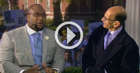 video marcus spears   waffle house