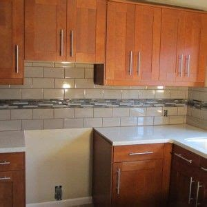 backsplash tile pictures for kitchen 1000 ideas about wooden kitchen cabinets on 7584