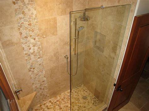 travertine bathroom tile ideas 40 best images about bathroom on pebble floor