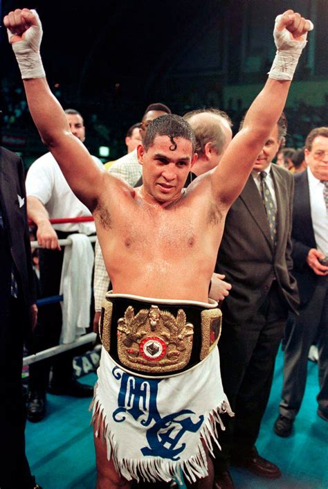 hector camacho  boxer  lived dangerously dies