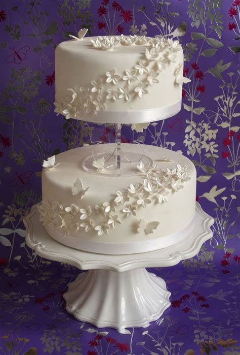 Small Two Tier Wedding Cakes Two Tier Wedding Cake By