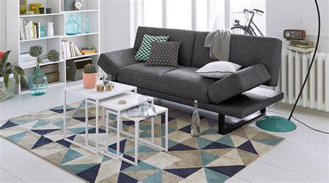 couleur canapé 5 astuces de grand mère pour nettoyer les tapis