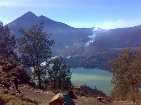 tempat wisata indonesia  wajib dikunjungi bangriobros