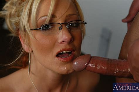 Ms Leigh In Ms Leigh And Sergio In My First Sex Teacher