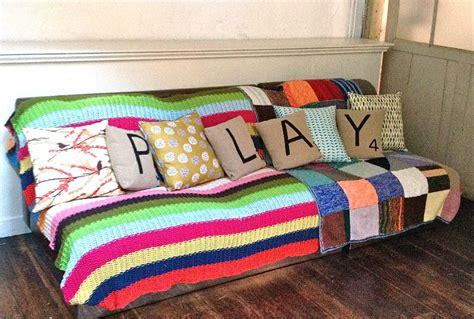 renover canapé tissu quelques conseils pour rénover votre ancien canapé