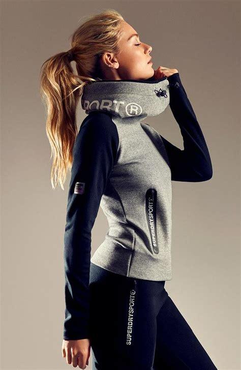 fitness klamotten damen fitnessoutfits f 252 r damen superdry sportswear kollektion kleidung sportbekleidung