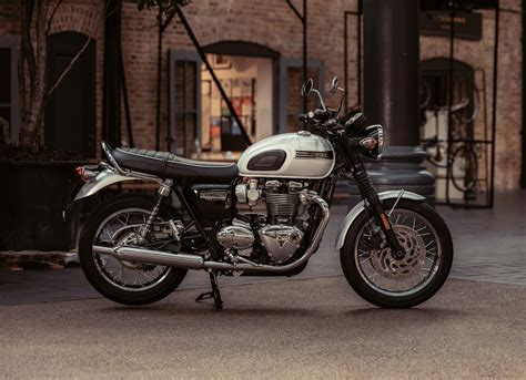 triumph bonneville t120 2019 triumph bonneville t120 edition guide total