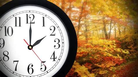 fall sunrise sunset times affected clock change
