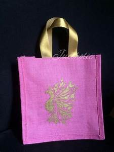 Jucoholic - jute and cotton bags wedding thamboolam bags