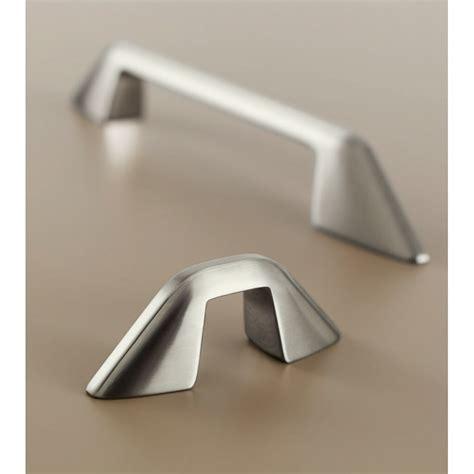 boutons et poignees meubles cuisine poignée bouton de meuble design quadra par bosetti marella