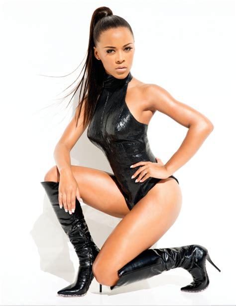 serayahs empire modeliste magazine