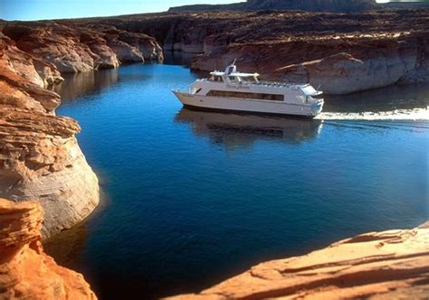 Boat Tours In Lake Powell by Princess Yacht Style Tour Boat Dinner Cruise