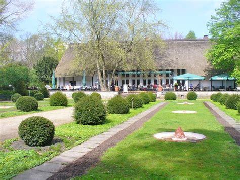 Berlin  Teehaus Im Englischen Garten (english Garden Tea