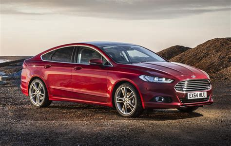 Ford Mondeo Hatchback Review