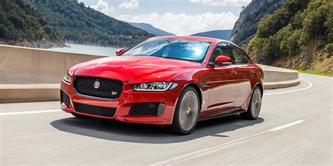 2018 Jaguar Xe, Xf, Fpace Updates Announced  Photos (1