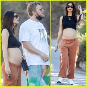 Pregnant Celebrities Photos, News and Videos | Just Jared ...