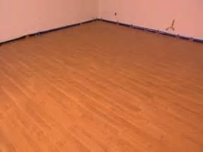 laminate flooring laying laminate flooring