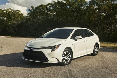 2020 Toyota Corolla Sedan Hybrid Achieves 50+ MPG Combined ...