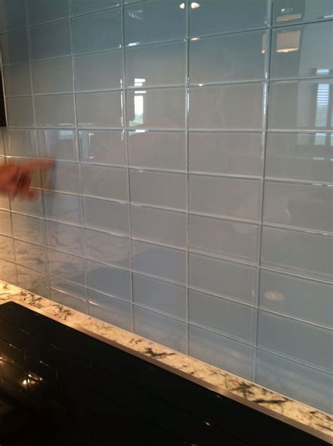 glass tiles kitchen backsplash 68 best images about backsplashes on subway