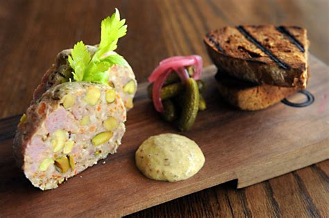 cuisine gastro restaurant review to be or not to be a gastropub food