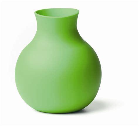 DesignApplause   Rubber vase. Henriette melchiorsen.