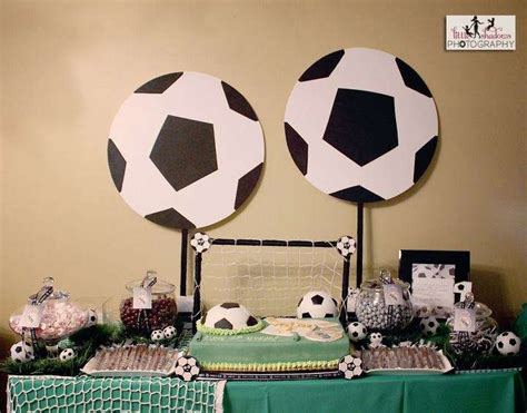 soccer birthday party ideas photo    catch  party