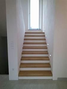 Fenster Für Treppenhaus : die besten 17 ideen zu podesttreppe auf pinterest ~ Michelbontemps.com Haus und Dekorationen