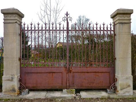 portail ancien piliers en et fer forg 233 xixe s pf 408