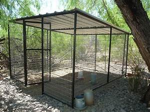 Pet enclosures outdoor dog for Backyard dog enclosures