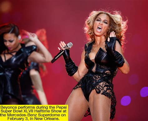 Beyonce's Wardrobe Malfunction At Super Bowl Xlvii