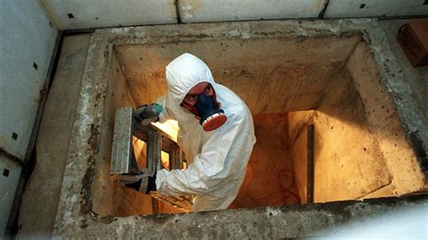 qualified  deal  asbestos  british columbia
