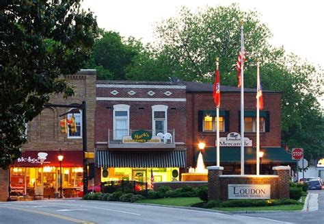 cool small towns  tennessee
