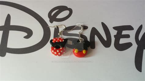 boucle d oreille pate fimo boucles d oreille mickey et minnie en pate fimo by homemadejewellery on deviantart