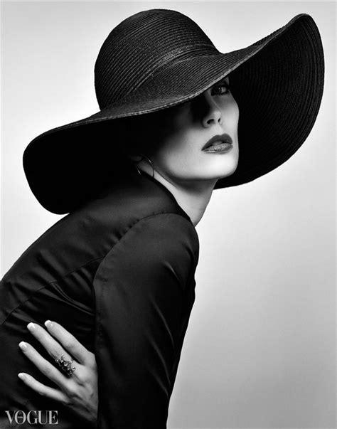 74 Best Fancy Hats Images On Pinterest Hang Hats Women