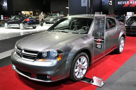 sport cars  dodge avenger rt nice car