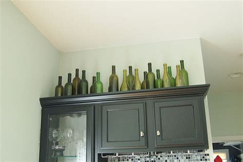 what do you put on top of kitchen cabinets what to put on top of kitchen cabinets pictures things 9957