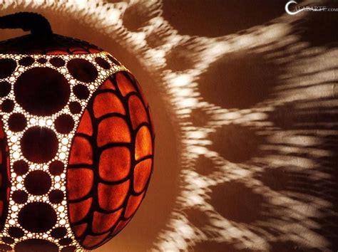 Dizaina lampas no ķirbja