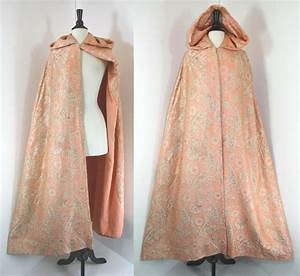 Vintage 60s Cape With Hood    Evening Dress Wrap Cover