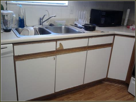 how to paint formica kitchen cabinets painting formica cabinets before and after roselawnlutheran 8791