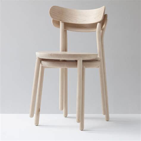 chaise design bois them chair chaise en bois nicholas karlovasitis gibson
