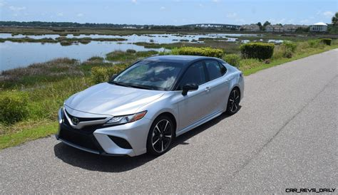 toyota camry xse  road test review  performance