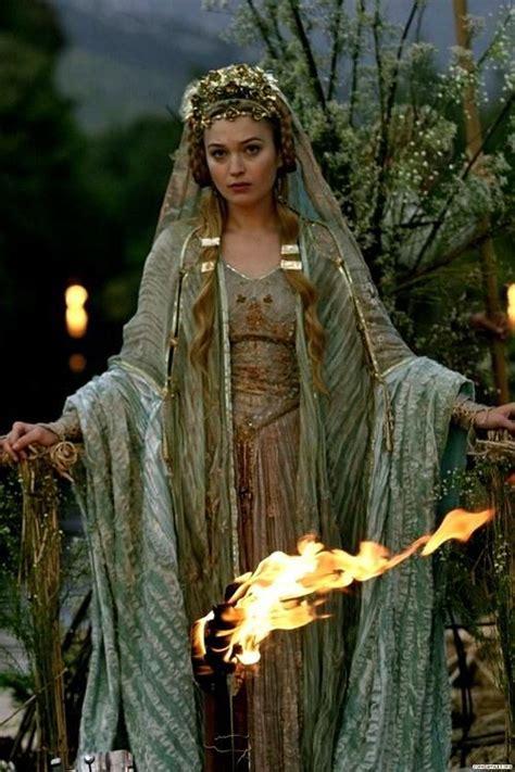 Tristan und Isolde   Celtic goddess, Goddess, Tristan isolde