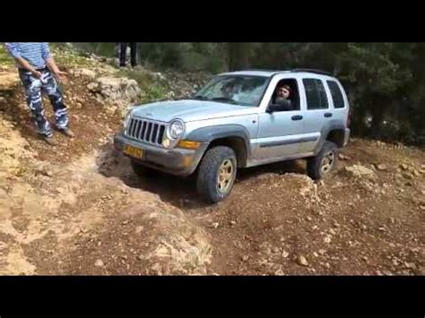 offroad jeep liberty jeep cherokee liberty kj 3 7 2006 light offroad youtube