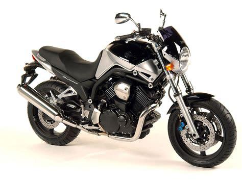 2005 Yamaha Bt1100 Bulldog Motorcycle Wallpaper