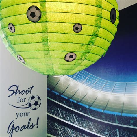Kinderzimmer Ideen Fussball by Ideen F 252 R Ein G 252 Nstiges Fu 223 Kinderzimmer