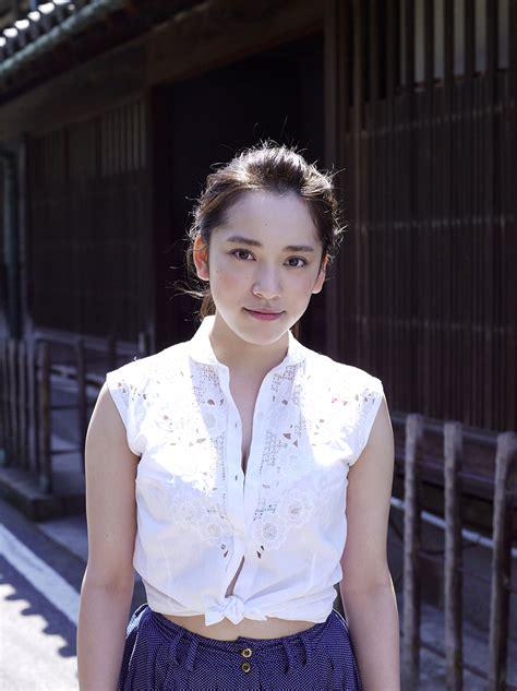 Sayaka Tomaru 都丸紗也華 Photo Gallery 13 Av Girls