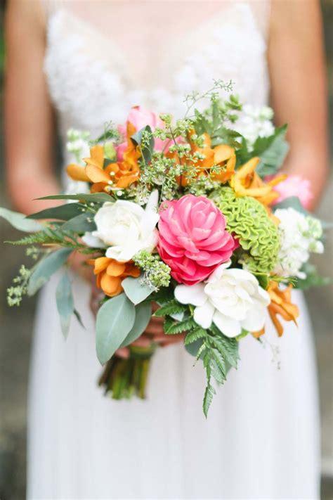 autumn inspired wedding flowers modern wedding