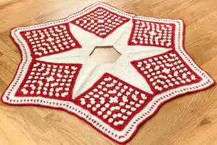 crochet christmas tree skirt pattern part 1 the grannies petals to picots