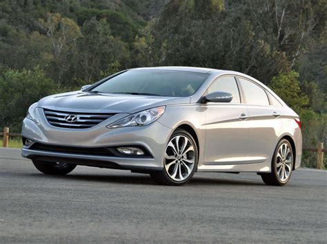 A base 2014 hyundai sonata gls sedan has a manufacturer's suggested retail price (msrp) starting a little over $22,000. Road Test And Review - 2014 Hyundai Sonata Limited ...