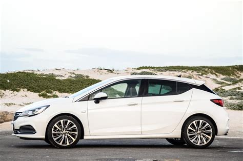 Opel Astra Review by Opel Astra 1 6t Sport Opc Line 2019 Review Cars Co Za